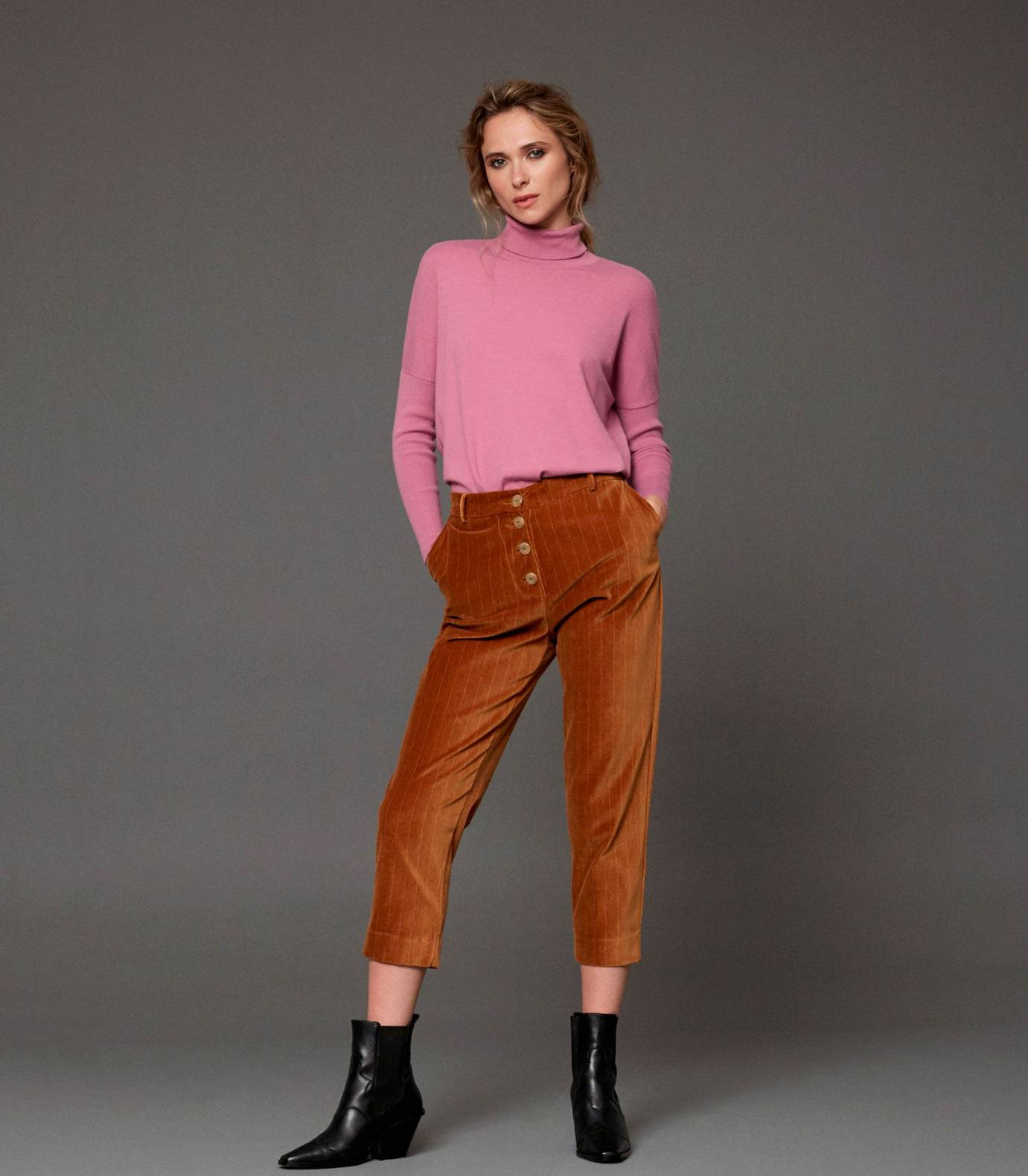Soft Jumper Roll Neck
