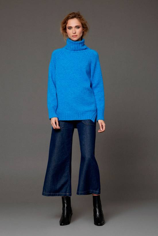 Medium Jumper Roll Neck