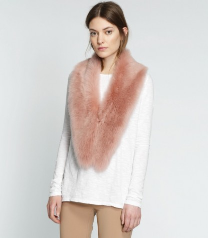 Coll Scarf Neck