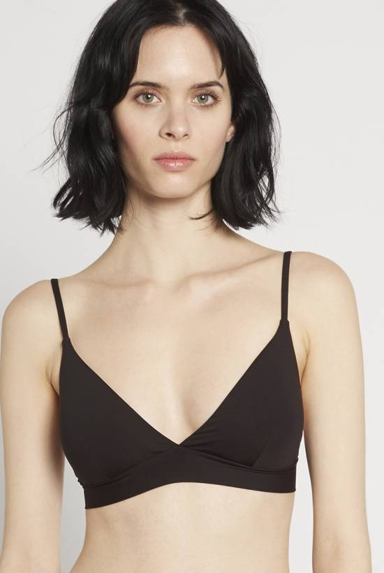 Basic bra top Black V18-1-