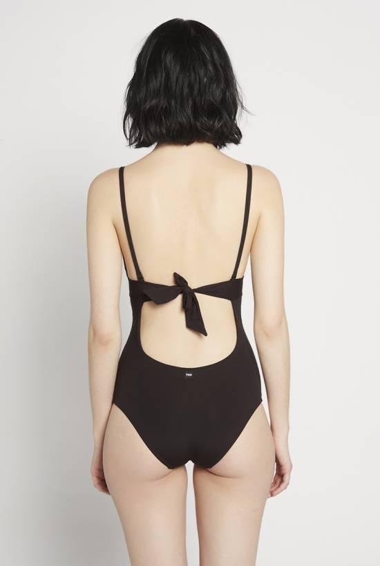 Basic swimsuit Black V18-1-