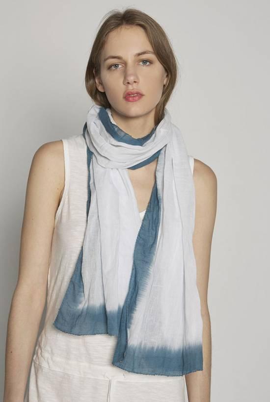 Colours of Calcutta scarf