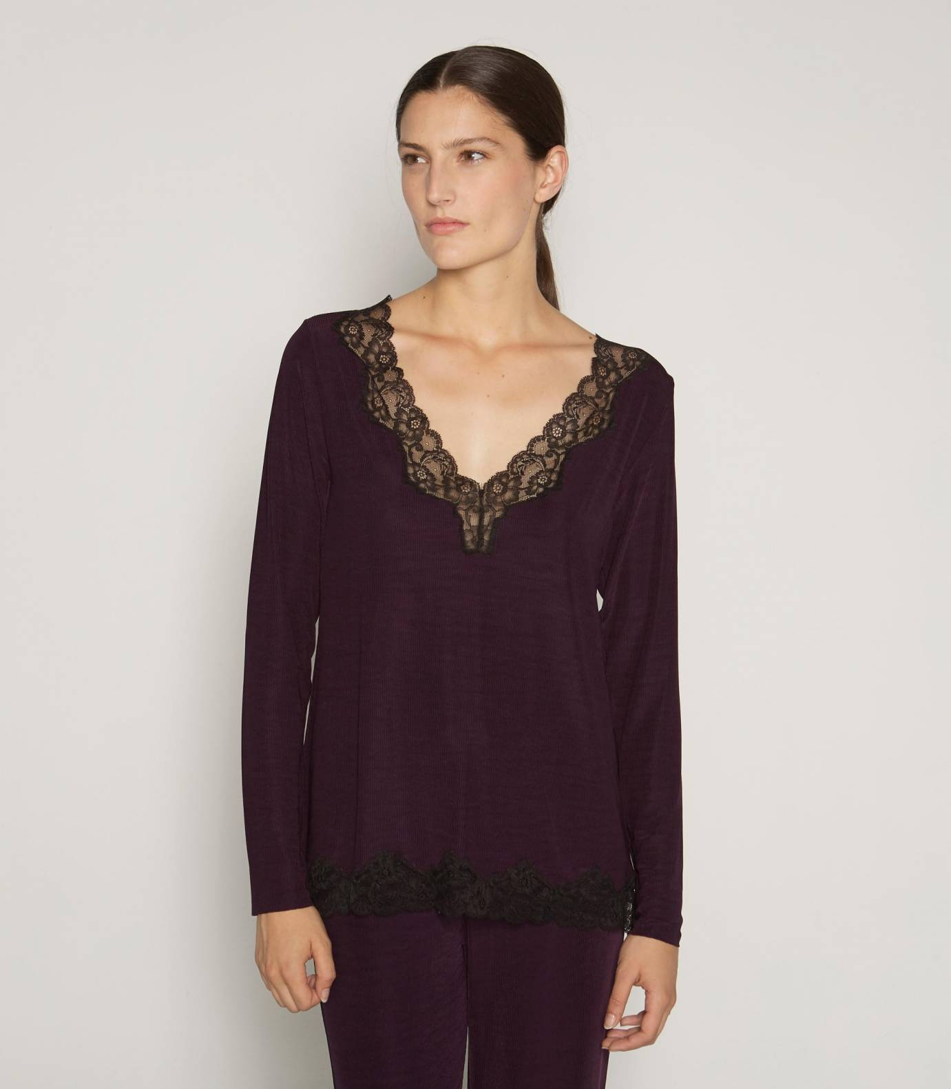 V-neck Ribbed Lace T-Shirt AUBERGINE