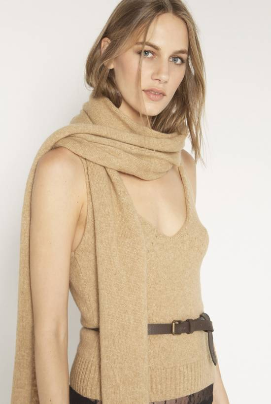 Tricot, camel hair scarf