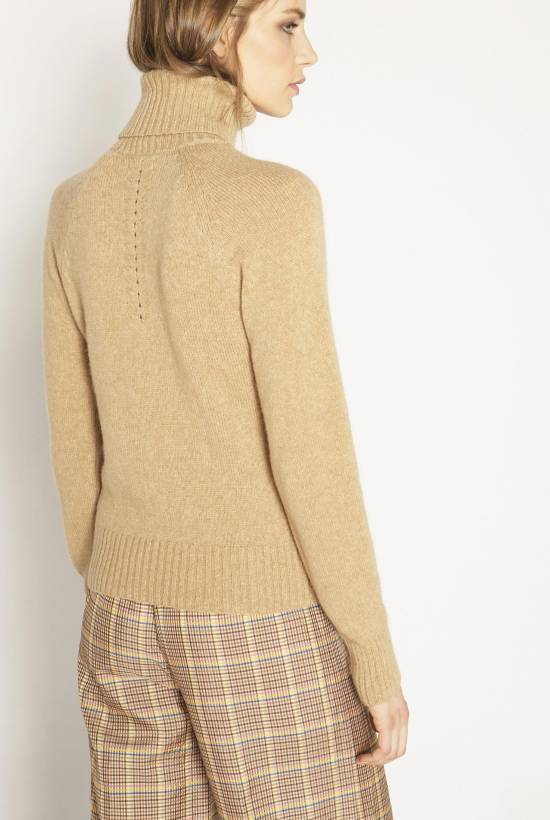 Turtleneck camel hair, tricot jersey